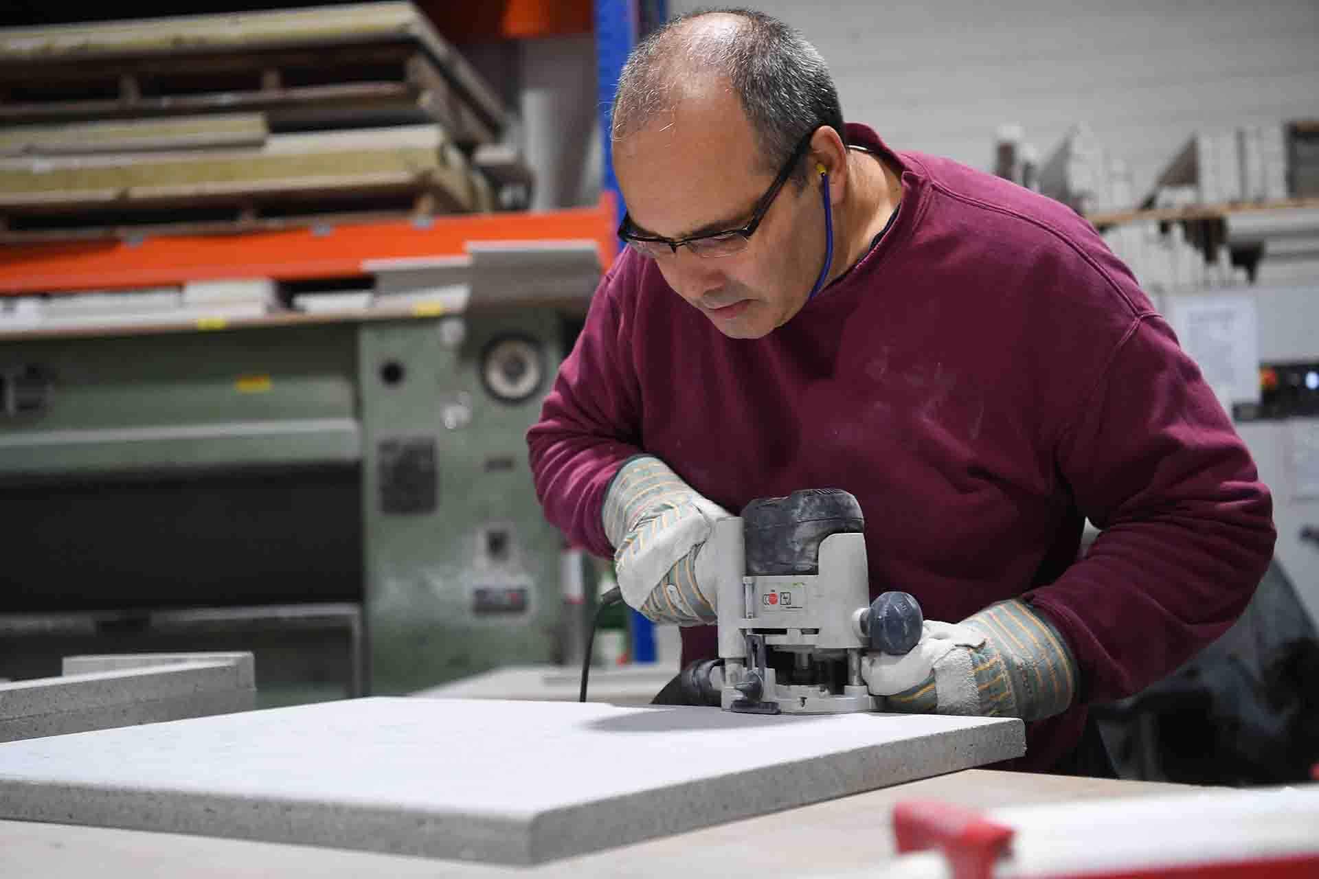RAUERT Brandschutzplatten - Bearbeitung von AESTUVER-Erzeugnissen