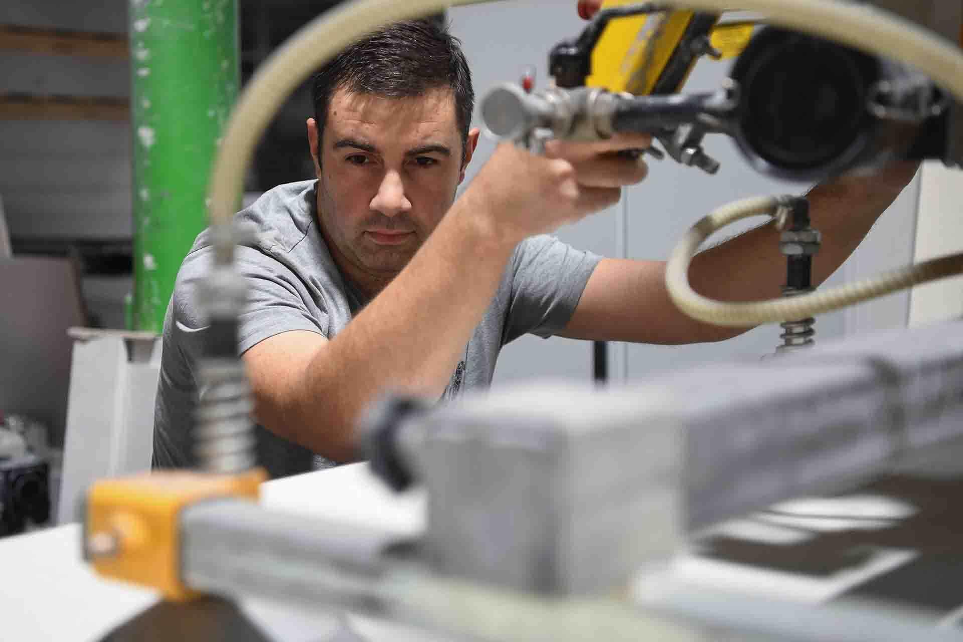 RAUERT Brandschutzplatten - Bearbeitung von ETERPLAN-Erzeugnissen